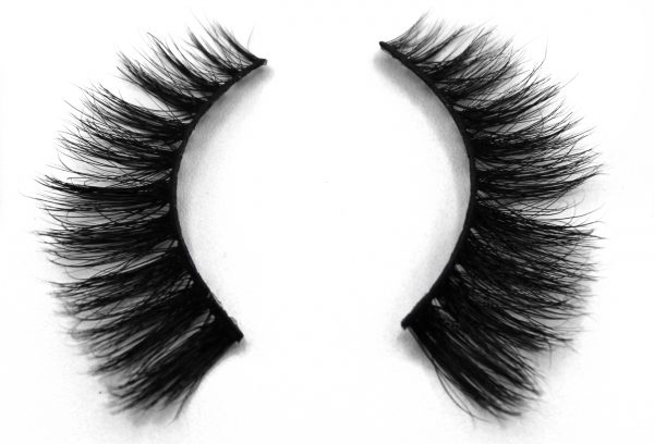 false eyelashes HK resized